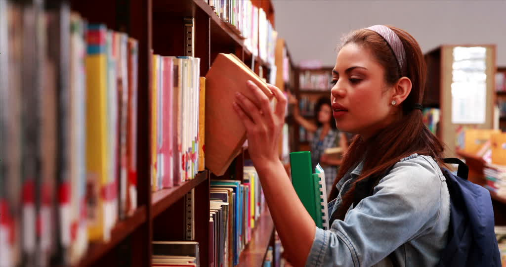 10 Impactful Books Every Entrepreneur Should Read, And Why