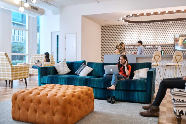 How Colour Theory and Interior Design Can Help Employees Level Up